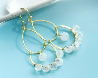 Winter wedding jewelry, Moonstone jewelry, Winter wonderland wedding, moonstone earrings, Gold chandelier earrings, June Birthstone, Bridal