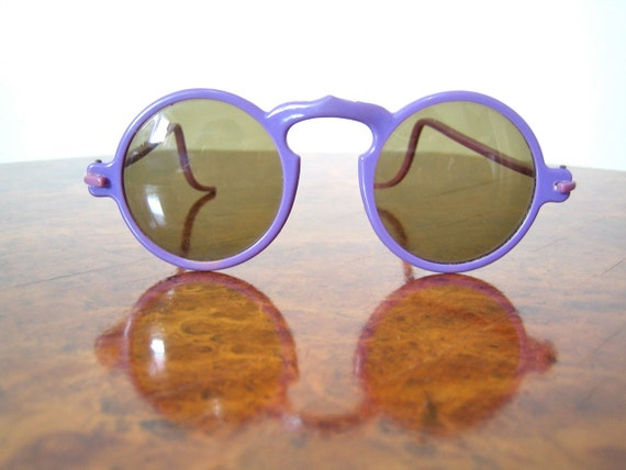 1930s sunglasses Rare PURPLE framed round sunglasses with brown tinted glass lenses Amazing condition
