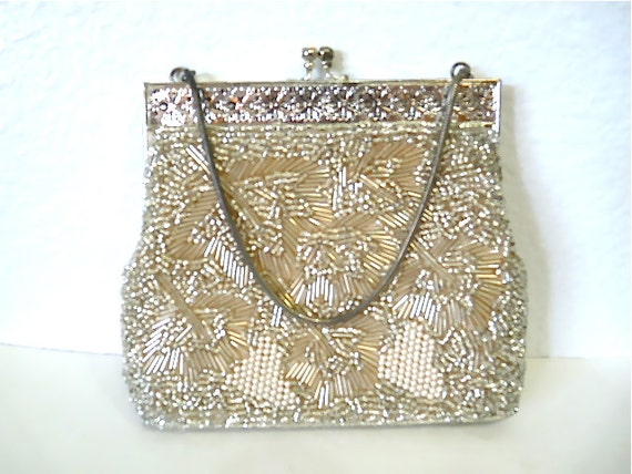 Vintage 1950s Beaded Purse Silver Filigree Frame Kiss Lock Wedding Bridal Party purse