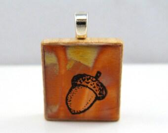 Acorn in copper - Glowing metallic Scrabble tile pendant