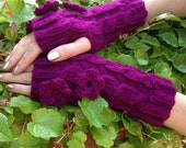 Fuchsia Blossoms Romantic Handwarmers