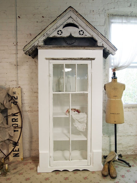 RESERVE CAT Painted Cottage Chic Shabby White Farmhouse Cabinet