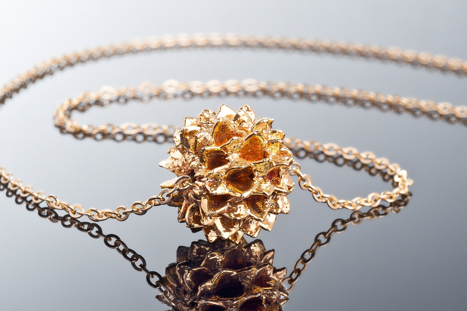 Natural jewelry velancian seed in gold 24k nature jewelry for Natural seeds for jewelry making