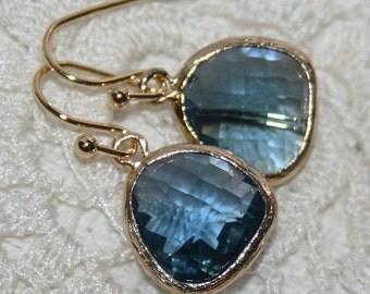 Sapphire Blue Drop Earrings,Sapphire Navy Blue glass bezel set Drop Earrings,Bridal earrings,Navy Blue earrings,Sapphire jewelry,Royal blue