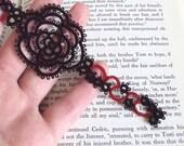 Gothic Black , Red Rose Bookmark in Tatting - Rosa Version 1