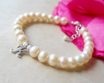 Freshwater Button Pearl Initial Bracelet B184