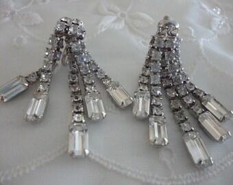 Vintage Rhinestone Clip On Earrings ~  Wedding Jewelry ~ Dangling Earrings with Rhinestones ~ Stocking Stuffer ~ Baguette Shaped Stone