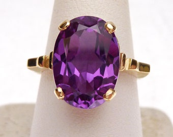 14k Synthetic Alexandrite Solitaire Ring