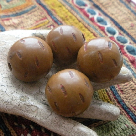 Antique Carved Lacquer Beads from Japan