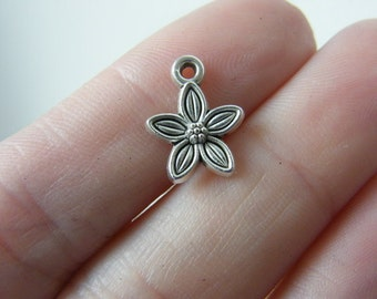 18 Flower charms antique silver tone F58