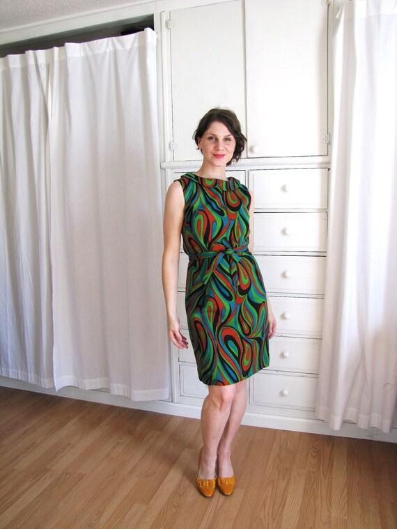 60s Dress / Peter Pan Collar Dress / 1960's Wiggle Dress