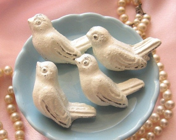 Set of 4 Cast Iron BIRD KNOBS - Cabinet/ Drawer Knobs Rustic White