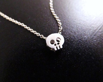 Skull Necklace, Tiny Skull Necklace, Choker Necklace, Skeleton Necklace, Halloween Jewelry, Silver Skull, Halloween Necklace, Gothic Jewelr