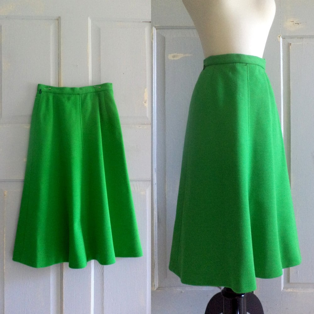 1970s skirt green vintage skirt 70s a line by