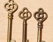 Set of three brass skeleton keys FREE SHIPPING