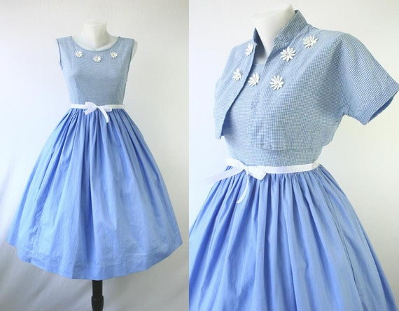 50s Dress Vintage Bolero Jacket Full Skirt Blue & White Tiny Check Daisy Flower 3D Applique Rhinestone Centers Jacket Set Dresses 1950s