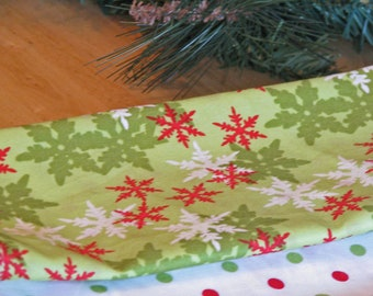 Cloth Napkins - Red and White Snow Flakes