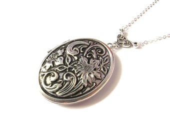 Silver Oval Locket With Flower Design, Antique Locket, Vintage Style Locket, Long Chain, Large Locket, Designer Locket