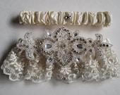 Pearl Ivory Lace Wedding Garter Set, Rhinestone w/ Crystals, Vintage Lace Bridal Garter, Rustic Garter, Country Weddings
