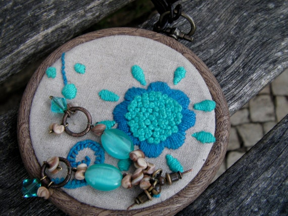Diy embroidered pendant for necklace or keyring mother day