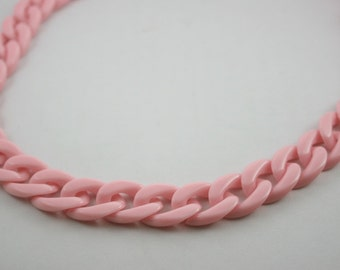 30 inch. Light Pink Chunky Chain Plastic Link Necklace Craft DIY Decorations Findings (Flat). C3