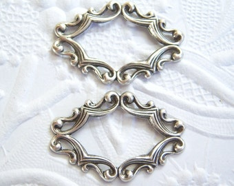2- Antiqued silver ornate frame stampings - TJ101