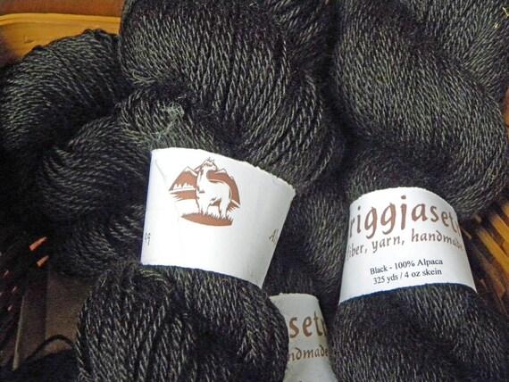 Alpaca Yarn, black, no dye