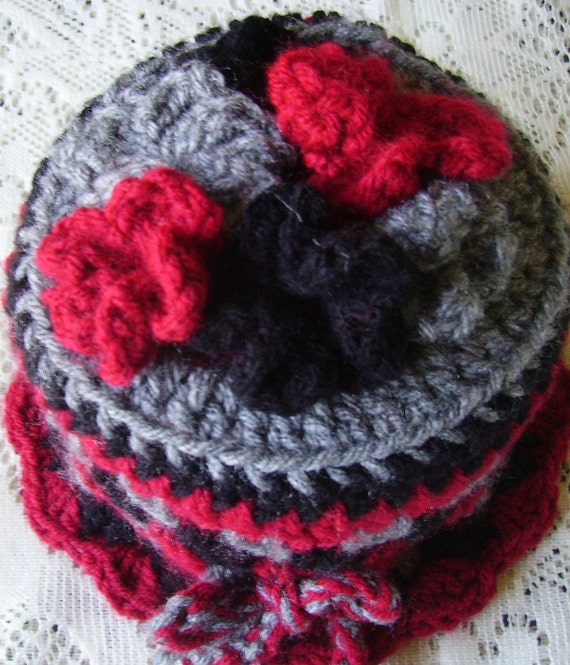 Toilet paper cozy crocheted in red black and gray bathroom decor