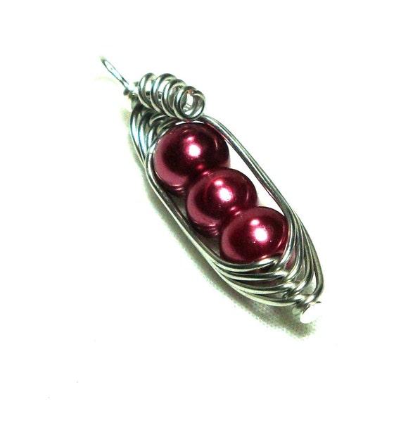Peas in a Pod, Pea Pod Necklace, Wine Pearl