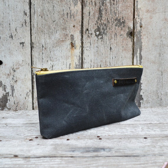 Waxed canvas pouch: Slate with faded yellow zipper