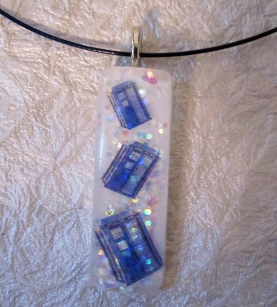 TARDIS Pendant - Doctor Who