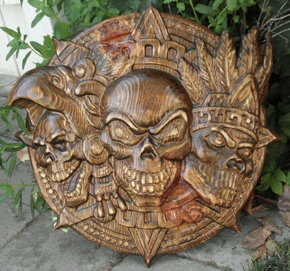 Skulls wood carving