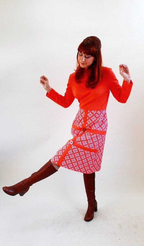 1960s Orange White Mod Print Dress. Day Dress. Mad Men Fashion. Office Fashion. Secretary. Summer Fashion. Spring Fashion. Size Large