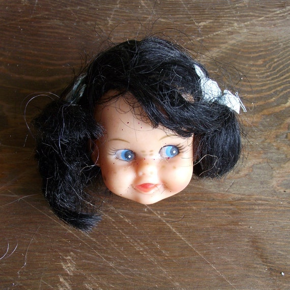 Vintage Doll Head Brunette  (05)