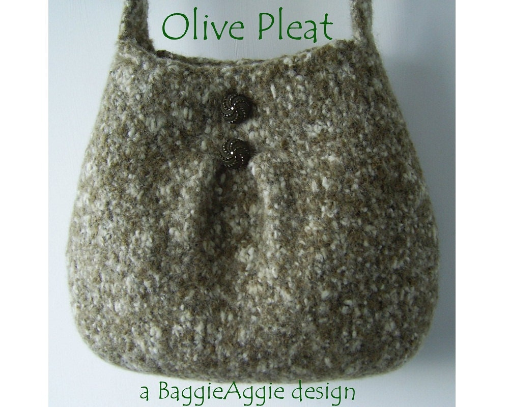 Woolen Crochet Purse : INSTANT DOWNLOAD Felted Purse Pattern PLEAT Felted by BaggieAggie