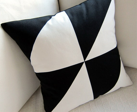 Modern Pillow Covers Etsy : Modern Pillow Cover 60s Mod Black and White by atomiclivinhome