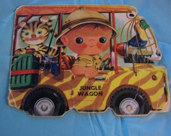 Jungle Wagon - 1972 shaped picture story book - author unknown / printed in Spain