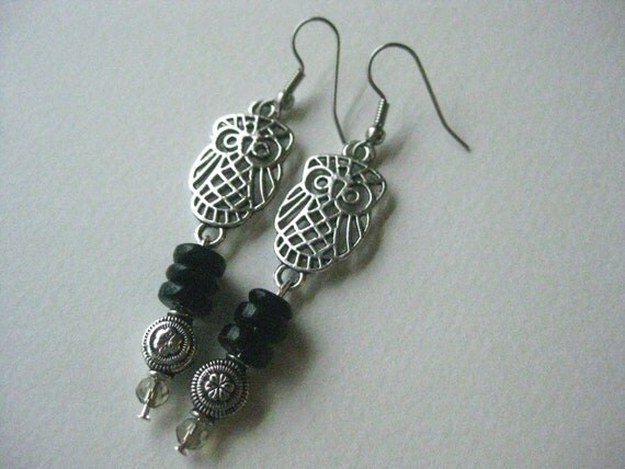 Cute Owl Earrings Silver Tone with  Black Glass Beads FREE Shipping
