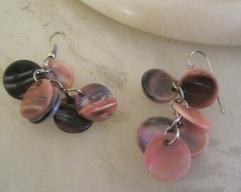 1960s Grey & Pink Mother of Pearl Dangling Disk Earrings