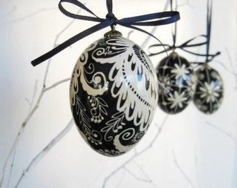 Black and White Pysanka Ukrainian Easter egg chicken egg shell hand painted Mother's day gift