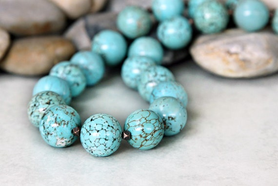 Just Beachy - Bright Blue Jumbo Magnesite Tourquoise Necklace
