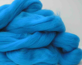 "Ashland Bay Solid Colored Merino for Spinning or Felting ""Sky""  4 oz."