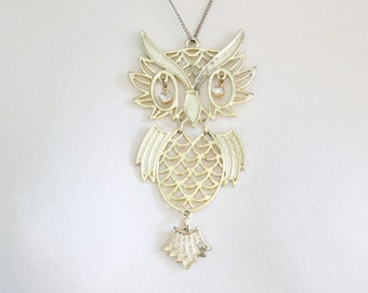 Vintage Owl Necklace - 1970s - Gold Tone