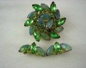 Vintage Green Sabrina Glass Demi Parure Rhinestone Brooch & Clip On Earring Set .....1500