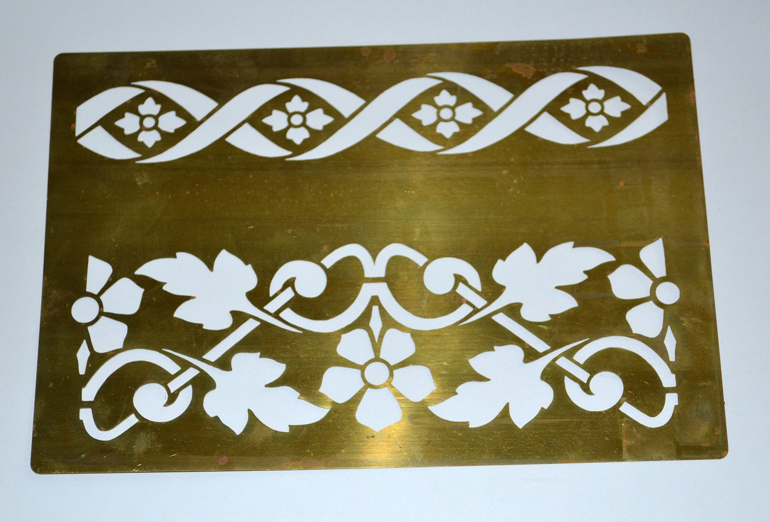 Vintage brass stencil painting - Border stencils for painting ...