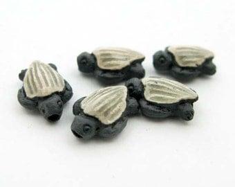 4 Tiny Leatherback Turtle Beads - CB663