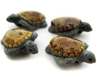 10 Medium Grey and Tan Sea Turtle Beads - LG55