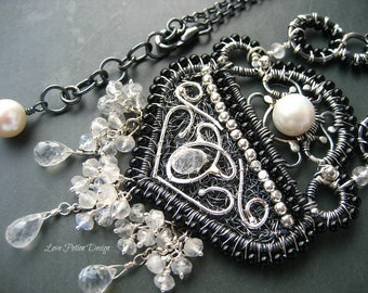 Black  And White Wire Wrapped Sterling Silver Pendant Necklace AAA Moonstone Onyx And Freshwater Pearls.