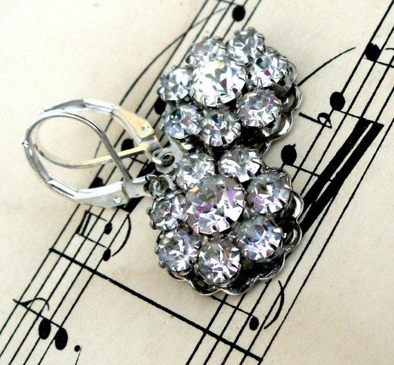 Crystal Clear Vintage Rhinestone Flower Earrings