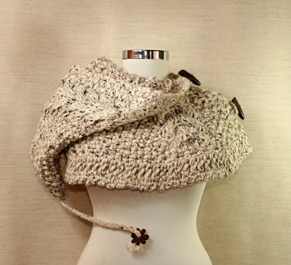 Raindrops Keep Falling On My Head / Knit Chunky Capelet Cable Knit Hooded Hat Cream Beige Brown Wool Cowl Neck Warmer Crochet Capelet